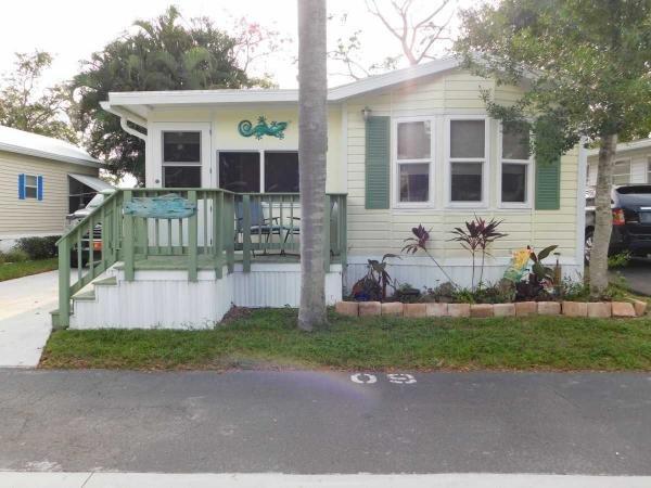 Mobile Home at 5100 60th St E. #O9, Bradenton, FL