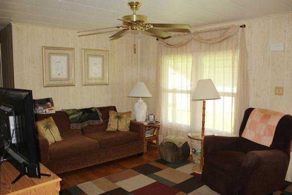 Senior Retirement Living 1981 Nobility Manufactured Home