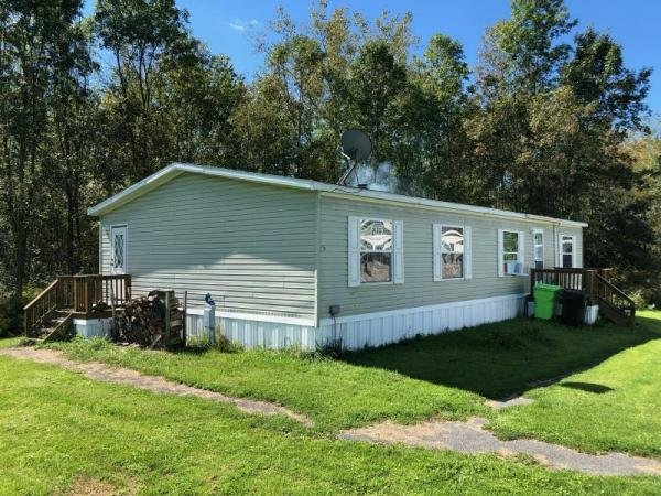 Mobile Home at 1719 Cambridge Court, Liverpool, NY