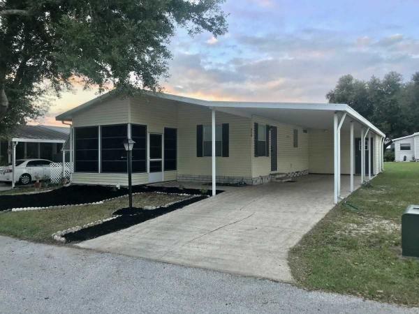 Mobile Home at 314 Choo Choo Lane, Valrico, FL