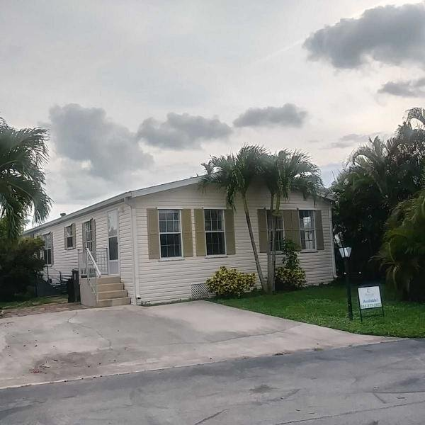 Mobile Home at 4324 71st Place N #1321, West Palm Beach, FL