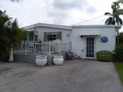 Mobile Home at 2104 Cypress Ct Naples, FL 34110