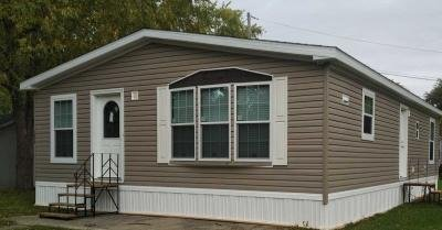Mobile Home at 1046 Susan Street Auburn, IN