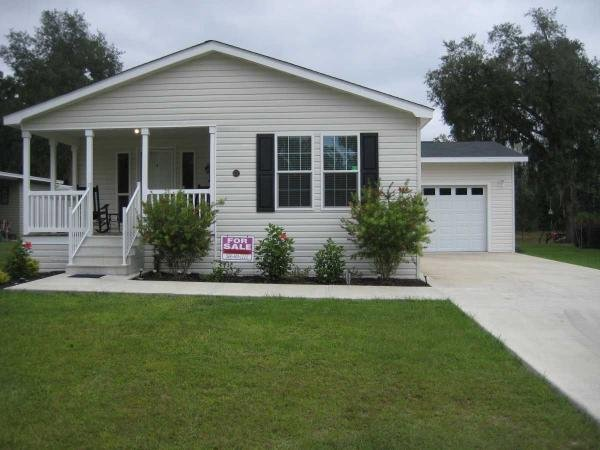 Mobile Home at 427 NW Turnberry Drive, Lake City, FL