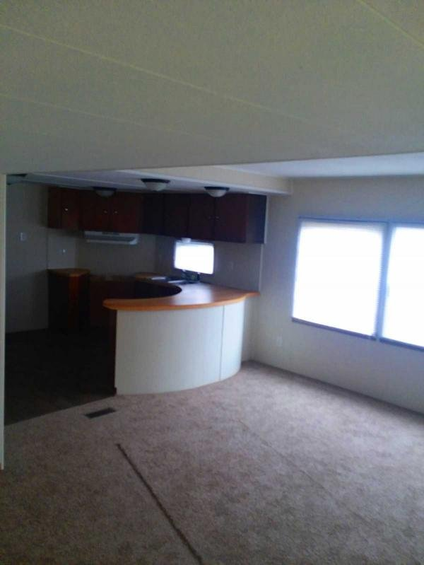 Mobile Home at 5315 Lewis Ave Lot 52, Toledo, OH