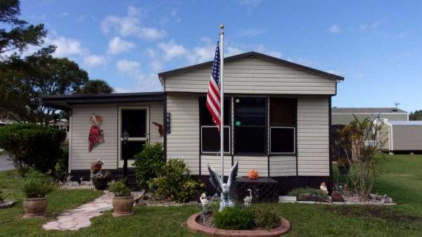 Mobile Home at 6607 Mohawk Street, Leesburg, FL