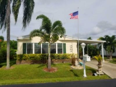 Mobile Home at 445 Laurelwood Ln Naples, FL 34112