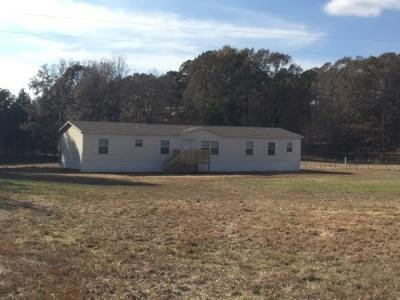 Mobile Home at 175 ROCKY SPRINGS RD Saulsbury, TN 38067