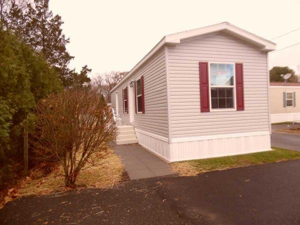 Mobile Home at 68 Cooke St., Lot #2, Plainville, CT