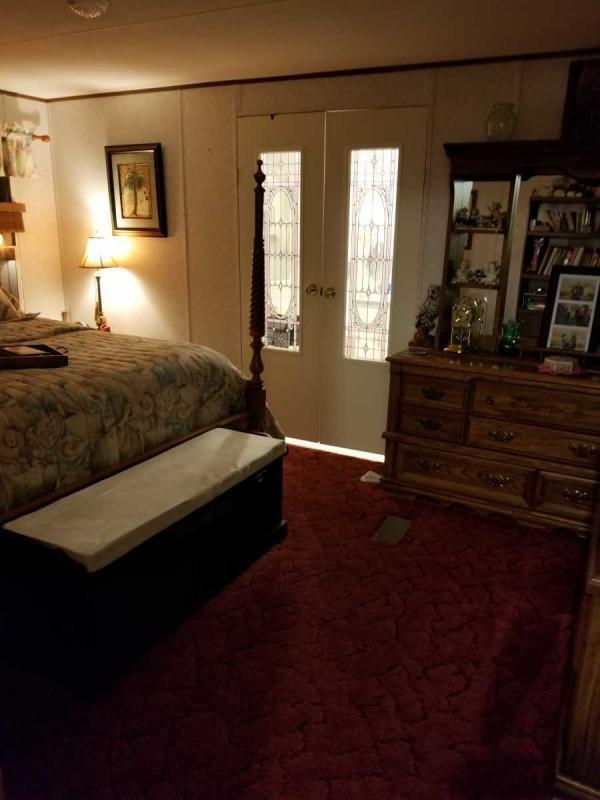 Senior Retirement Living 1996 Horton Mobile Home For