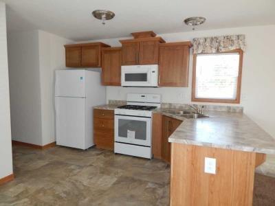 Mobile Home at 215 N Canal Lansing, MI 48917