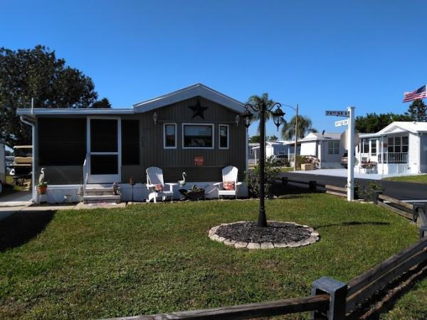 Mobile Home at 6633 53rd Avenue East, Lot C1, Bradenton, FL