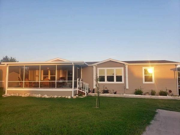 Mobile Home at 12675 Claremont Circle, Austin, TX