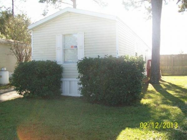 Mobile Home at 3188 Citation Circle W, Jacksonville, FL