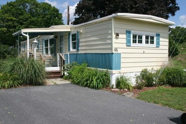 Mobile Home at 65 Greenlawn Drive, Danbury, CT