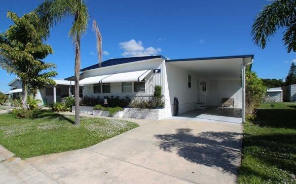 8393 Old Salem Dr Sarasota FL undefined
