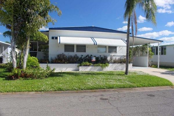 Mobile Home at 8393 Old Salem Dr, Sarasota, FL