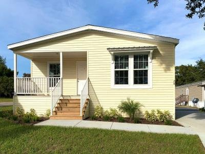 Mobile Home at 28 Franklin Cr Sorrento, FL 32776