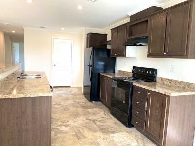 Mobile Home at 28 Franklin Cr Sorrento, FL 32776
