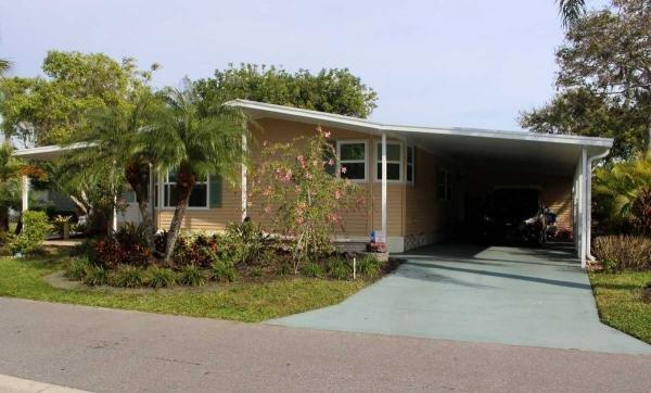 Mobile Home at 5445 Kingsbridge Dr, Sarasota, FL