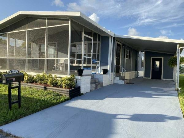 Mobile Home at 1811 Kingfisher Drive, Deerfield Beach, FL