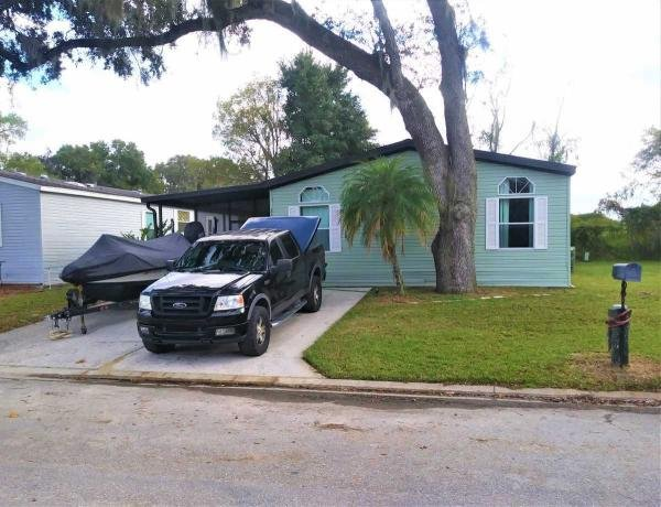 Mobile Home at 3134 Bending Oaks Drive, Plant City, FL