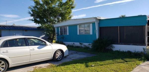 Mobile Home at 2974 Azalea Run Ln., Ruskin, FL