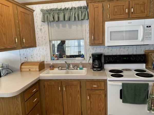 Senior Retirement Living 2001 Skyo Manufactured Home For Sale In Hudson Fl