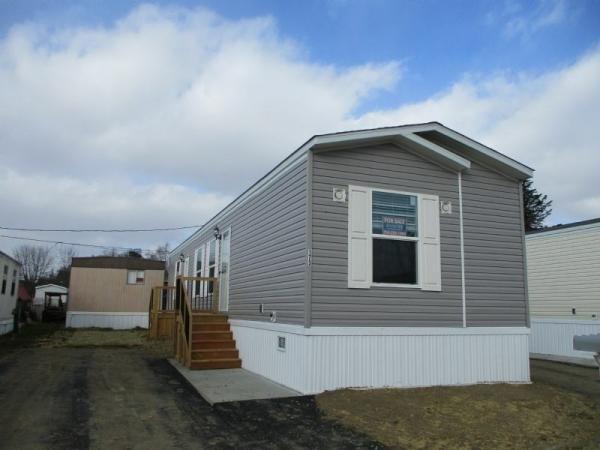 Mobile Home at 173 Dorothy Avenue, Washington, PA