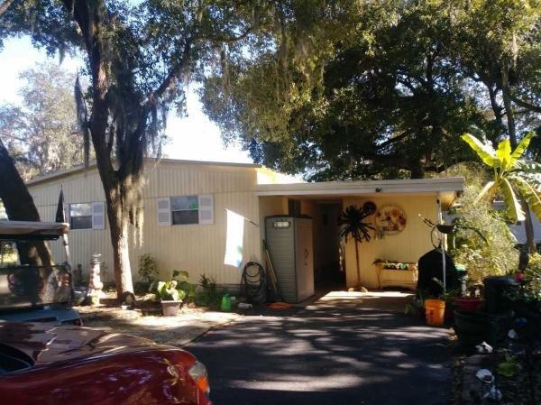 Mobile Home at 102 CAMELLIA DR, Leesburg, FL