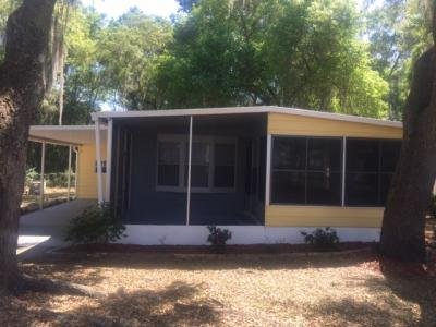 Mobile Home at 13048 Lemon Ave Grand Island, FL 32735