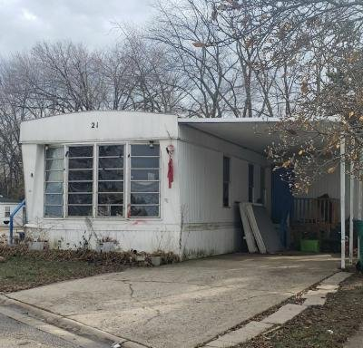 Mobile Home at 21 Brougham Drive Wheeling, IL