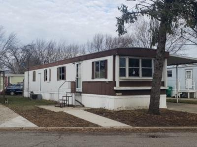 Mobile Home at 216 Brougham Drive Wheeling, IL