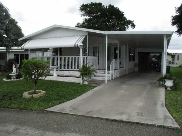 Mobile Home at 6512 NW 28th CT. Lot 537, Margate, FL