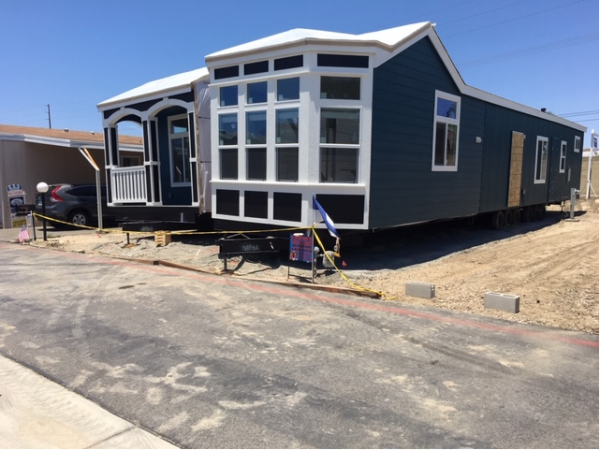 Mobile Home at 806 Eucalyptus Lane, Fountain Valley, CA