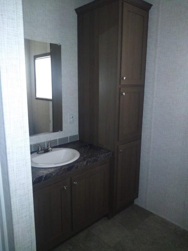 Mobile Home at 402 E HWY 121 #662, Lewisville, TX