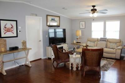 Mobile Home at 231 Monterey Cypress Blvd Winter Haven, FL 33881