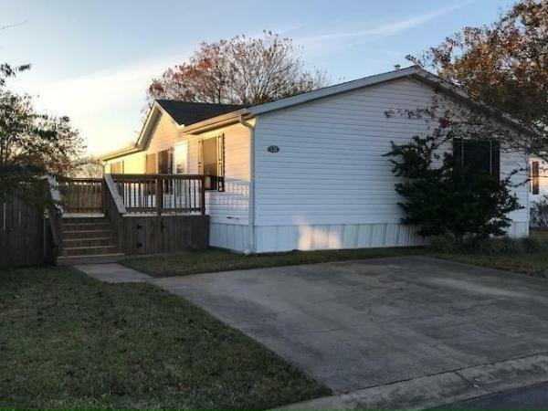 Mobile Home at 128 White Oak Drive, Manvel, TX