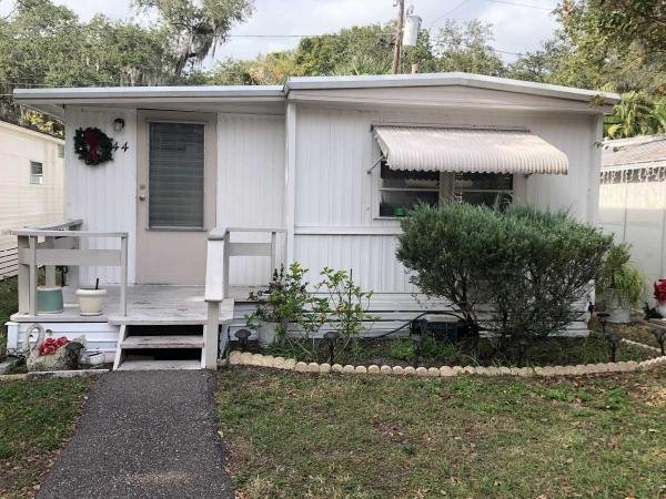 Mobile Home at 1610 West Bay Drive, Lot 44, Largo, FL