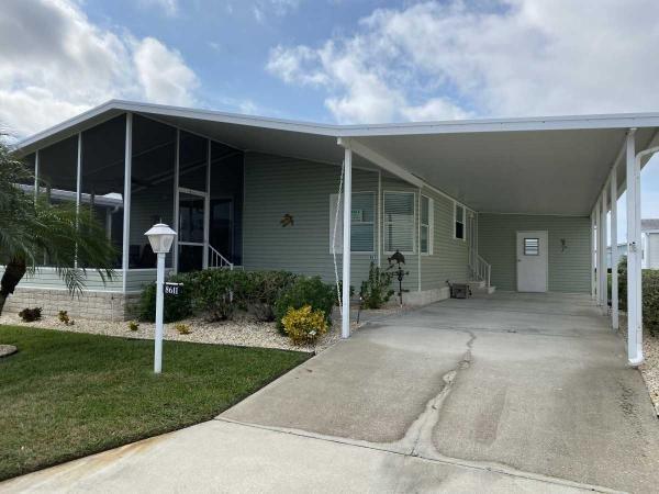 Mobile Home at 8611 28th Avenue East, Palmetto, FL