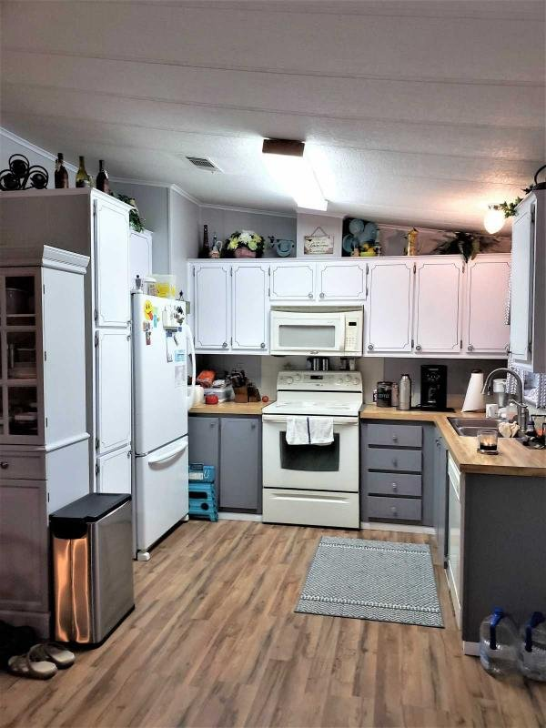 Senior Retirement Living 1987 Manufactured Home For Sale