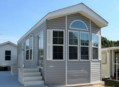 Mobile Home at 34633 Leisure Days Drive Zephyrhills, FL 33541