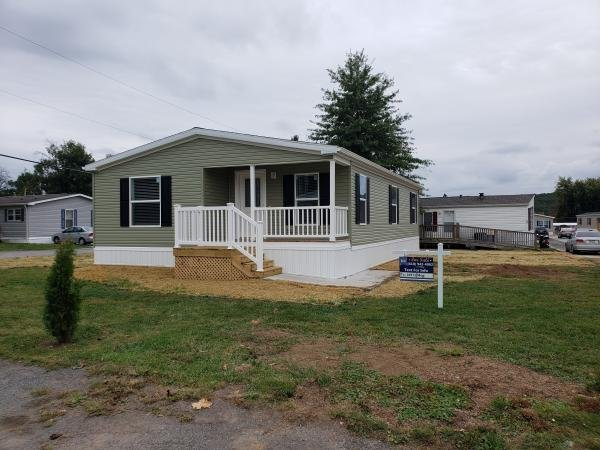 Mobile Home at 14 Gregory Circle, Honey Brook, PA