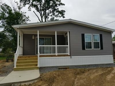 Mobile Home at 24 Maple Street New Middletown, OH 44442