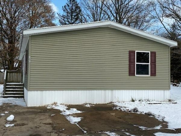 Mobile Home at 307 Fescue Dr., Kentwood, MI