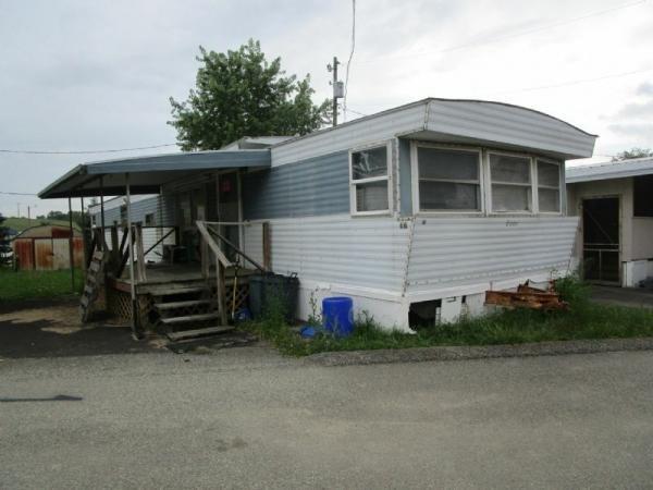 Mobile Home at 66 Monarch Avenue, Washington, PA