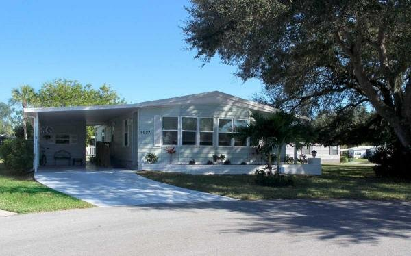 Mobile Home at 5927 Brigadoon Cir, Sarasota, FL