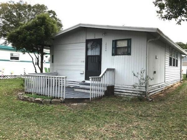Mobile Home at 7820 Wire Road 108, Zephyrhills, FL