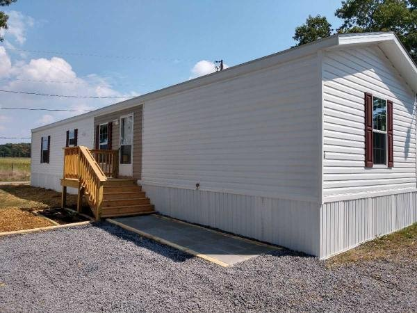 Mobile Home at 9647 Elfwood Drive, Grottoes, VA