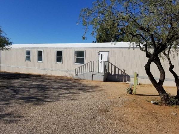Mobile Home at 17111 Country Club rd lot 19, Sahuarita, AZ